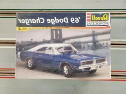 REVELL '69 DODGE CHARGER MODEL CAR KIT 1/25 SCALE BRAND NE