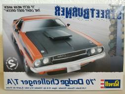 revell 70s Dodge Challenger T/A 1/24 scale plastic car model