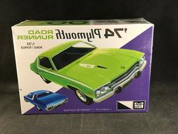 MPC '74 Plymouth Road Runner 1:25 Scale Plastic Model Kit 92