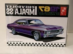 AMT 981 1967 Chevrolet Impala SS 1:25 Scale Plastic Model Ki