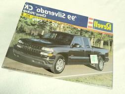 REVELL '99 SILVERADO CK CHEVY PICKUP MODEL KIT #85-7646 FACT