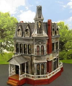 ADDAMS FAMILY HOUSE~HAUNTED HOUSE~HALLOWEEN~ HO SCALE BUILT