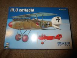 EDUARD  Albatros  D.111  1/48  WEEKEND edition  Model Airpla