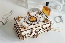UGEARS Amber Box 3D Wooden Puzzle - High-quality Wooden Mode
