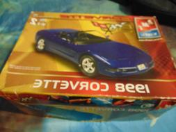 AMT / ERTL 1998 Corvette 1:25 Model Kit - 50th Anniversary C