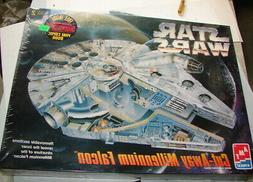 AMT Star Wars Cut-Away Millennium Falcon Model Kit