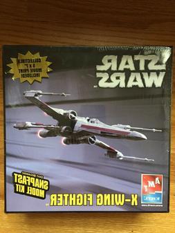 AMT ERTL Star Wars 2005 X- WING FIGHTER Model Kit 38269 NEW