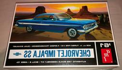 AMT AMT1013/12 1/24 & 1/25 Scale 1961 Chevy Impala SS Car Mo