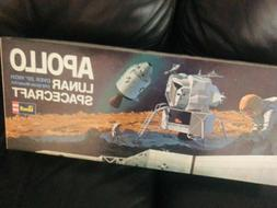 Revell Apollo lunar spacecraft model kit 1/48 scale1967