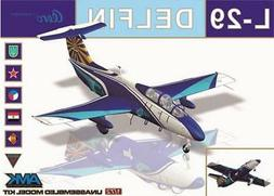 AMK AvantGarde 1:72 L-29 Delfin Plastic Aircraft Model Kit #