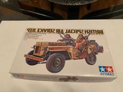 british special air service jeep plastic model