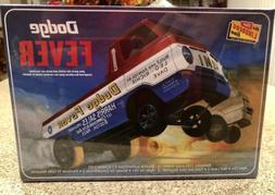 Lindberg Dodge Fever Wheelstander 1/25 scale model car kit n