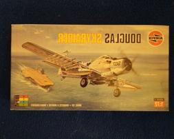 AIRFIX Douglas Skyraider 1:72 Model Kit Series 2 #02030