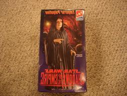 Emperor Palpatine Vinyl Model Kit AMT ERTL Star Wars Shadows