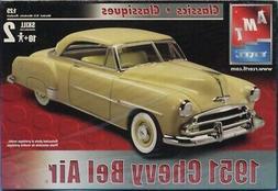 AMT ERTL 1:25 1951 Chevy Bel Air Classics Classiques Plastic
