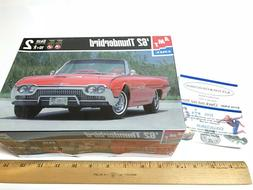 AMT ERTL 1962 FORD THUNDERBIRD  1:25 SCALE MODEL KIT # 30081