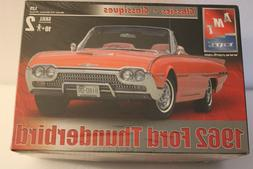 Amt Ertl Model Kit 1962 Ford Thunderbird