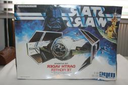 AMT Ertl Star Wars DARTH VADER STAR WARS MODEL KIT 8916