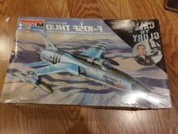 f 105f thunderchief 1 48 scale model