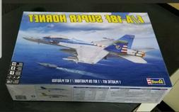 Revell F/A-18F Super Hornet 85-5532 Model Kit 1:48 NIB