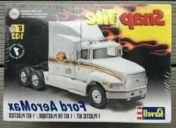 Revell Ford AeroMax snap tite 1/32 model truck kit new 1975