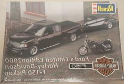 Revell Ford's Limited Edition 2000 Harley-Davidson F-150 Pic