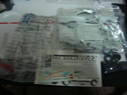 FROM 1993 AMT 1957 FORD FAIRLANE 500 2n1 BAG KIT 1/25