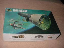 Revell Gemini Space Capsule 1/24 scale model kit # 1835