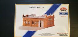 MODEL POWER GLOBE NEWS BUILDING ACCESSORY HO MODEL KIT BOXED