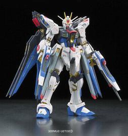 Gundam 1/144 RG #14 Strike Freedom Z.A.F.T Mobile Suit ZGMF-