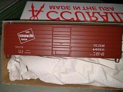 H0 Accurail 3994 - 40' Milwaukee Road Single Door, Phase 1-L