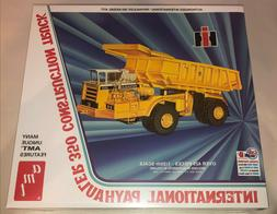 AMT International Payhauler 350 Construction Truck 1:25 scal