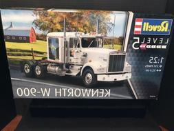 Revell Kenworth W-900 1:25 scale truck model kit new 7659