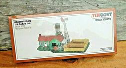 Tyco Kit HO Scale STOCK YARD & BUILDING Model Kit #7781  ~ N