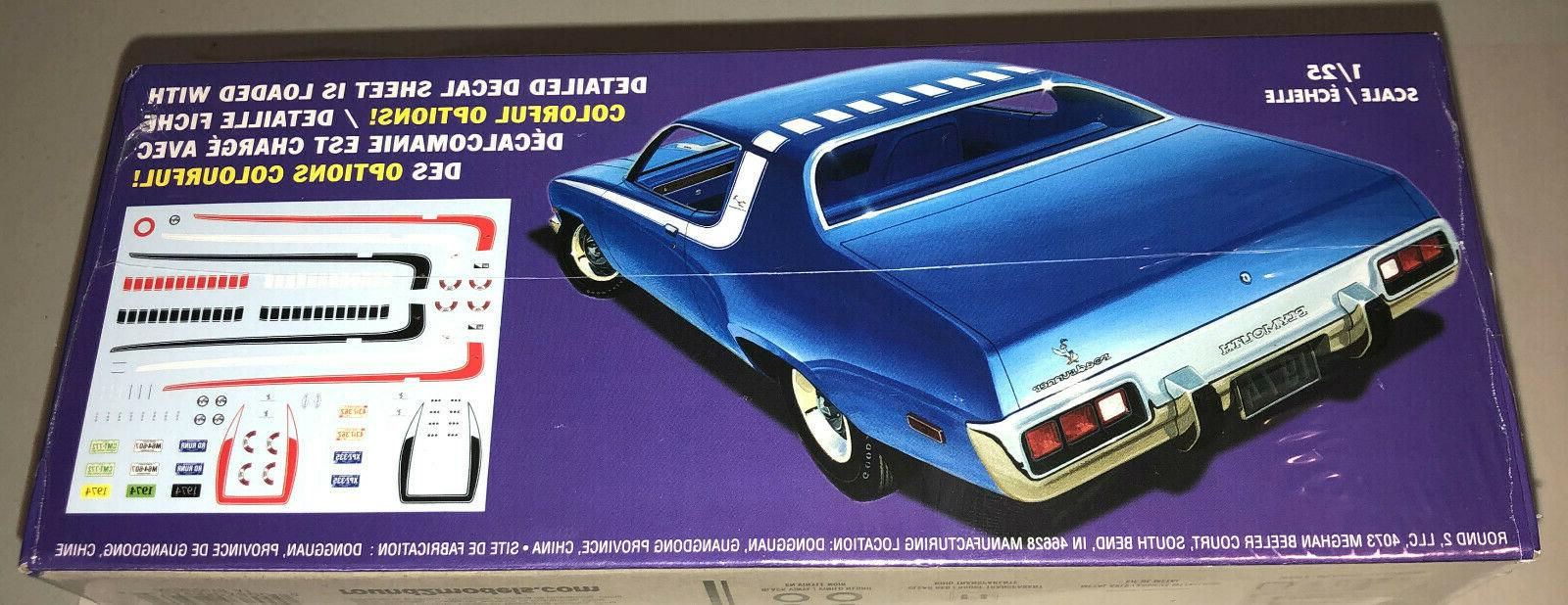 MPC 1974 Road Runner 1:25 car kit new