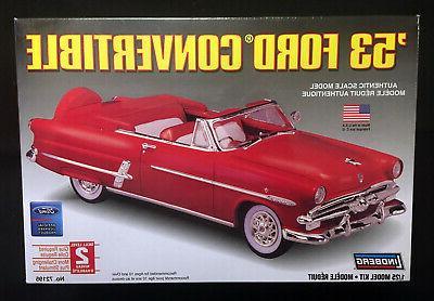 72195 1953 ford convertible model kit 1
