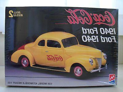 AMT / ERTL - COCA-COLA 1940 FORD COUPE - MODEL KIT