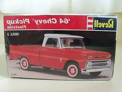 REVELL '64 CHEVY FLEETSIDE PICKUP TRUCK MODEL KIT