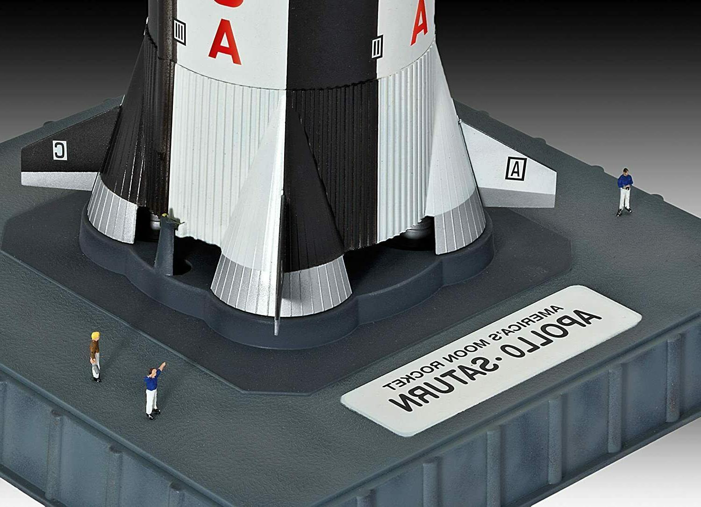 Revell Apollo 11 Saturn V Scale: 1:144 Model - NEW