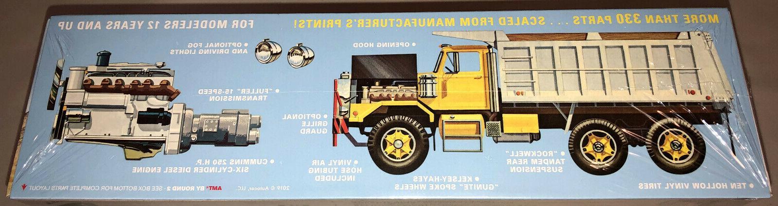 AMT Autocar Dump 1:25 scale kit