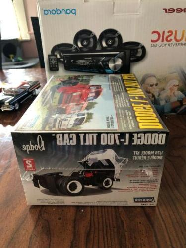 Cab Truck 1:25 Scale #S1