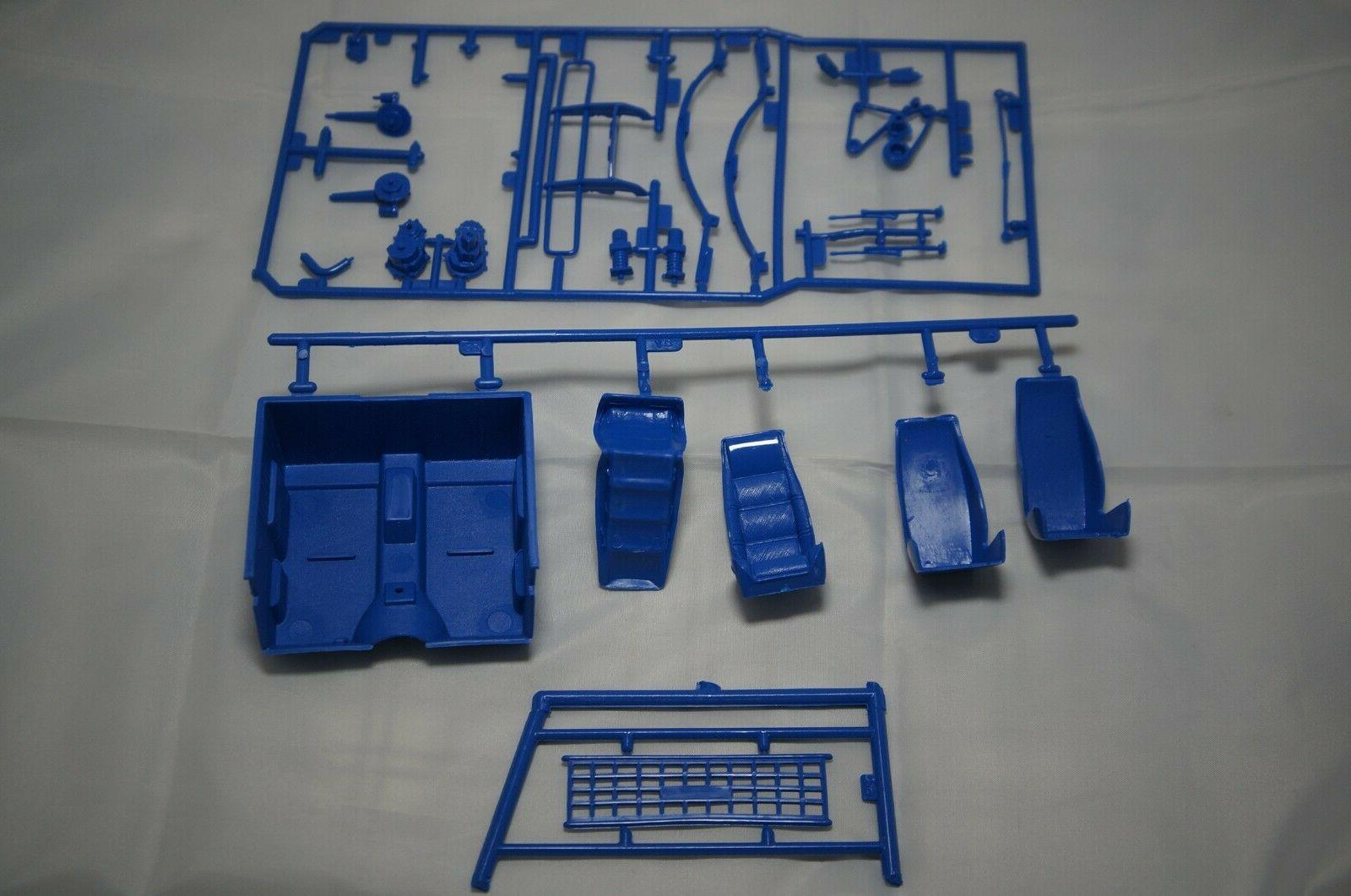 Lindberg Racer Model Kit