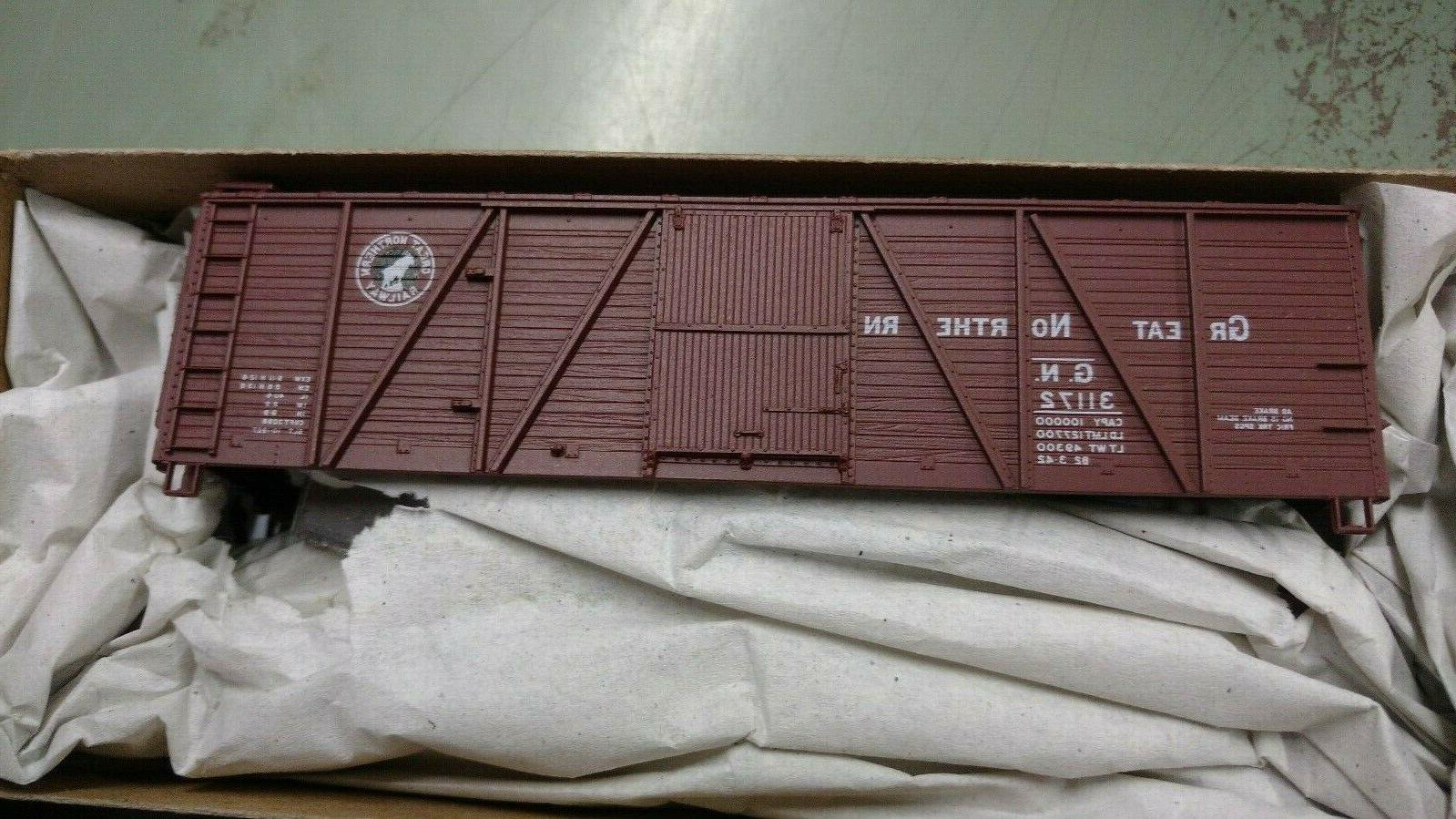 h0 8110 1 40 wood boxcars great
