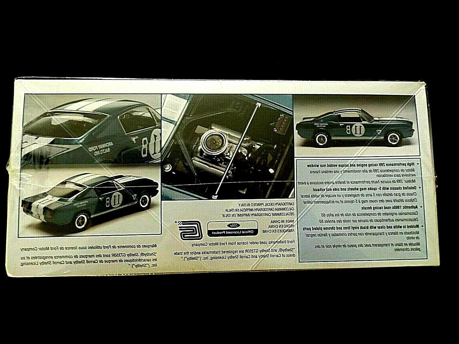 Model Kit GT350R Fastback 1:24