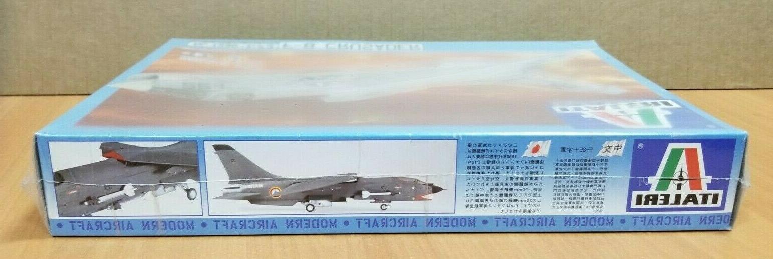 Italeri - - 1:72 Scale F-8 Plastic Aircraft Kit