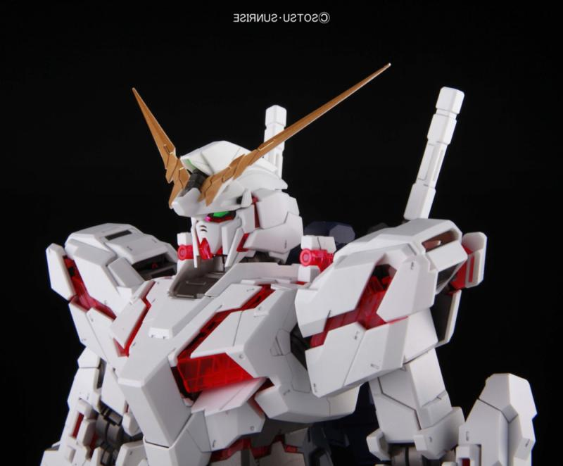 Bandai Hobby PG RX-0 Unicorn Model