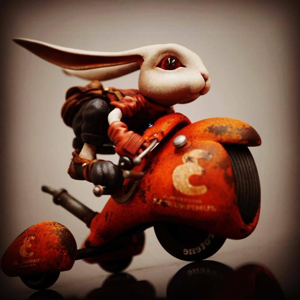 Resin WF2018 Rabbit with Unpainted Garage Model