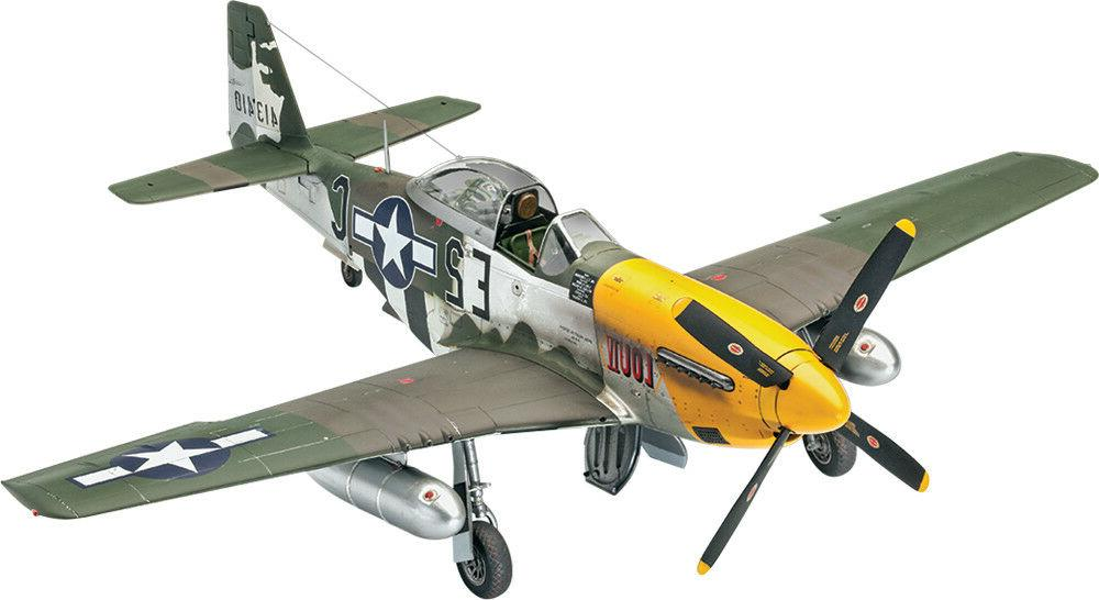 Revell P-51D Mustang 1/32 scale airplane model kit new 3944