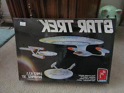 Star Trek 3 Piece U.S.S. Enterprise Model Kit 1988 AMT ERTL