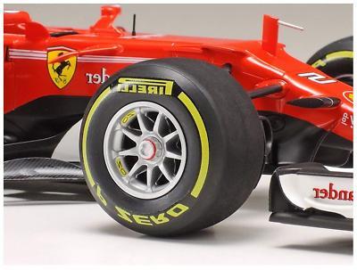 Tamiya 20068 Kit Formula One Vettel/Raikkonen F-1